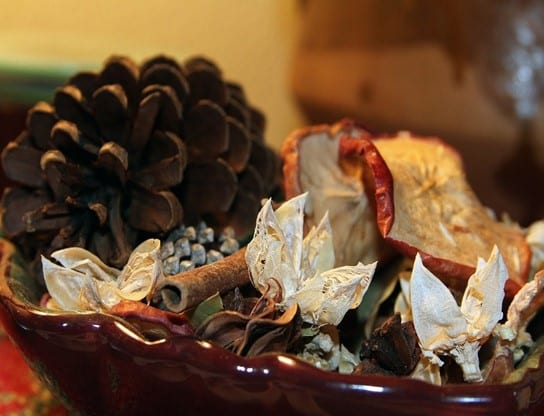 What is the lifespan of homemade potpourri?