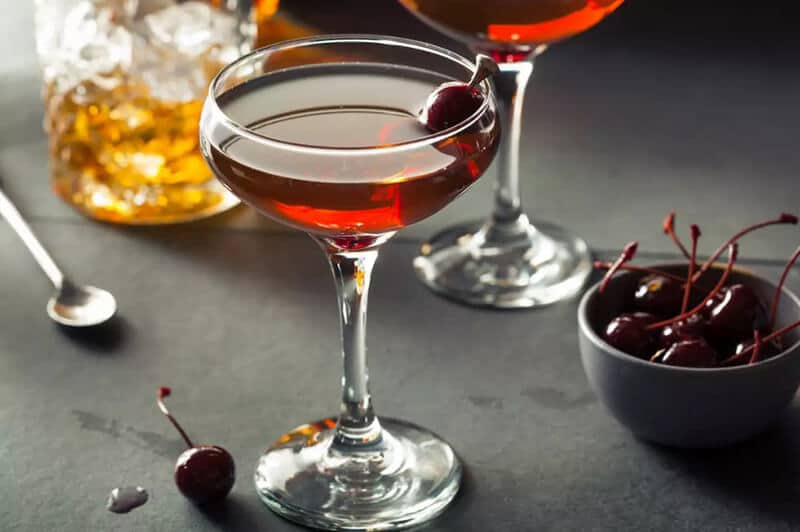The Dos and Don't of Creating a Manhattan