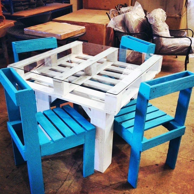 26 Dining Set From Recycled Pallets Plan