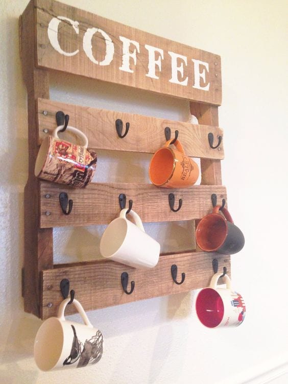 Cup hanging stand
