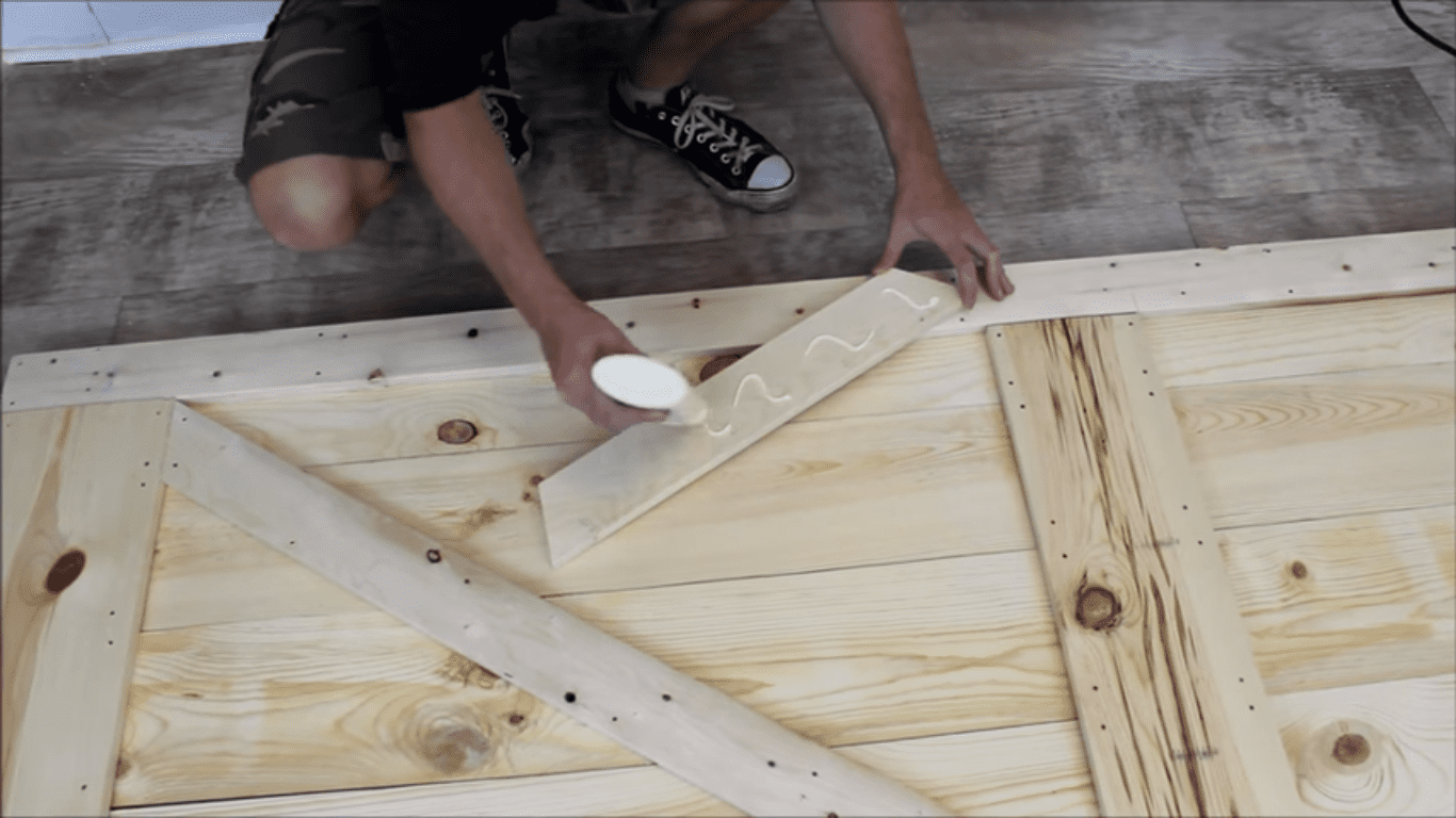 Step 5 diagonal placement of 1 x 4