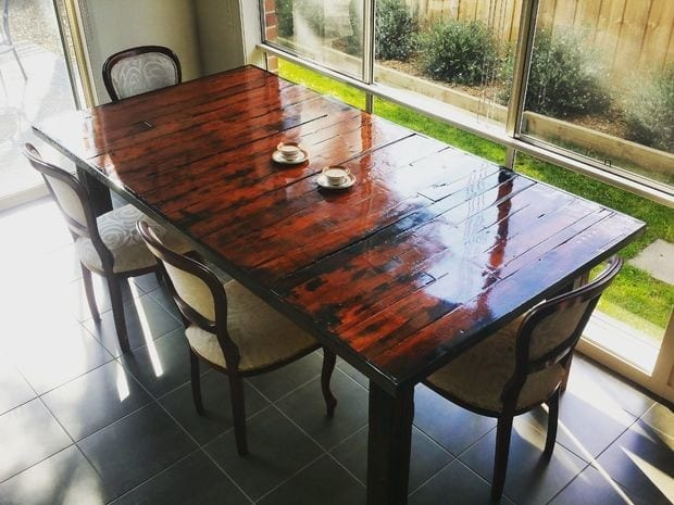 05 Diy Pallet Dining Table