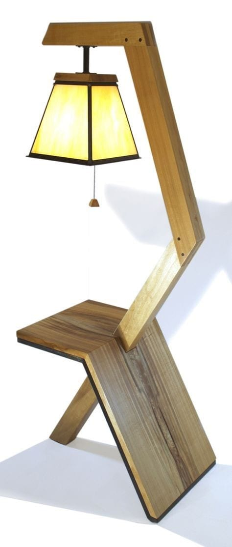 19 Lamp And Lamp Table