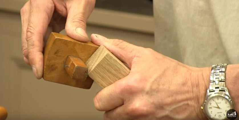 5 Use A Marking Tool With Points To Scrape The Wood To Mark The Tenon Joint