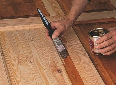 How To Remove Varnish From Wood 1