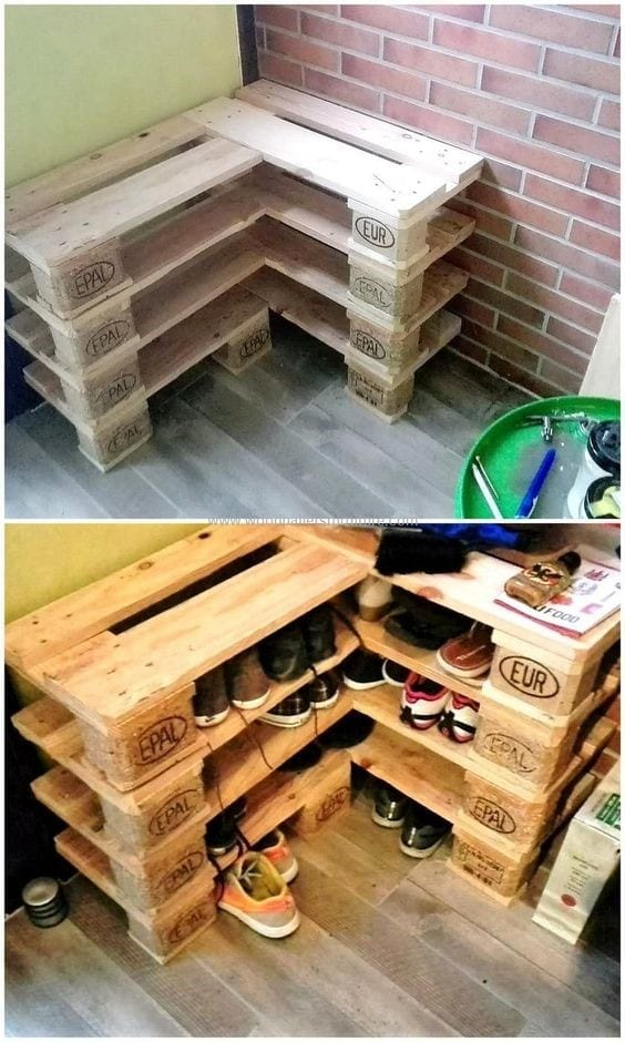 Corner Pallet Wood Shoe Rack