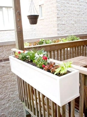Diy Mounted Flower Box For Deck 2