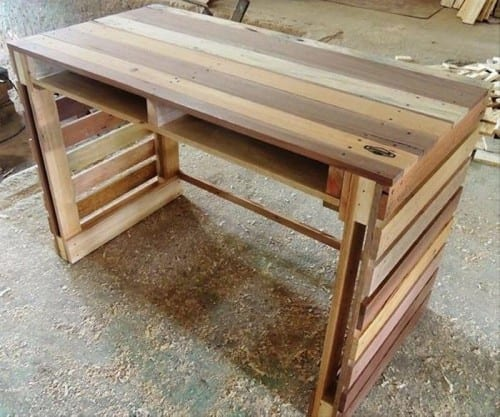 Diy Pallet End Table And Bench Plan