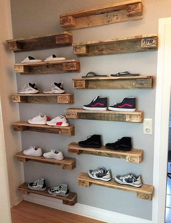 Decorative Pallet Wood Shoe Organizer