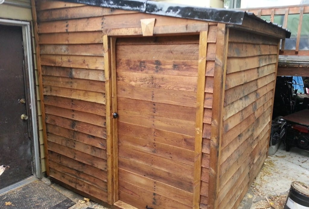 Scavenged Pallet Shed