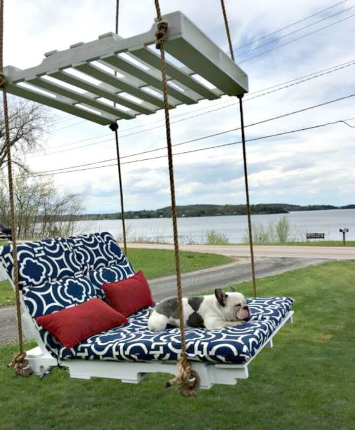Floating Pallet Swing Bed