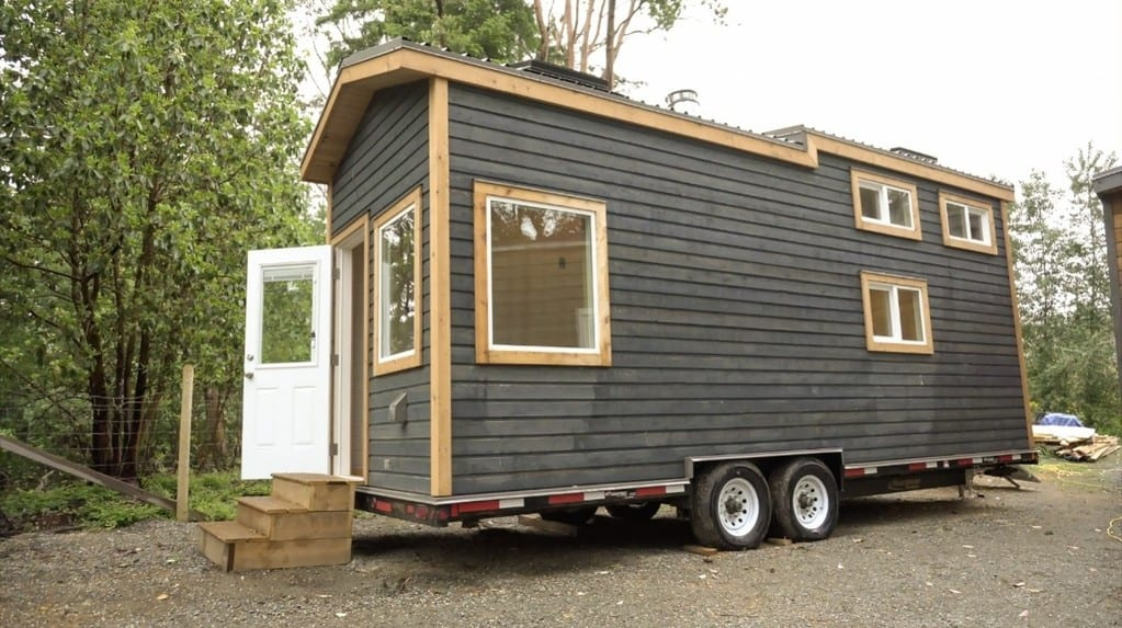 Super Modern Off Grid Tiny House