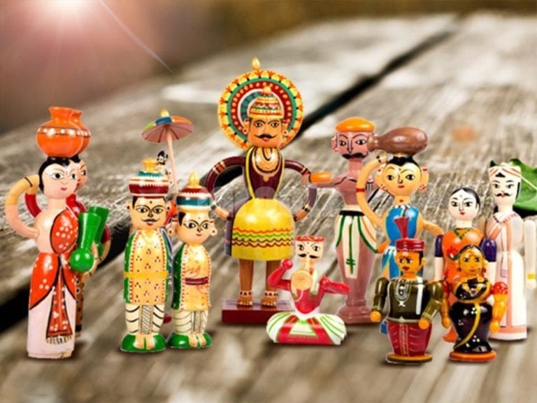 Behind The Scenes Of Making Indian Wooden Lacquer Ware Toys The Heart Warming World Of Traditional Handicrafts