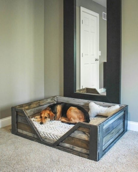 Cozy Pallet Dog Bed