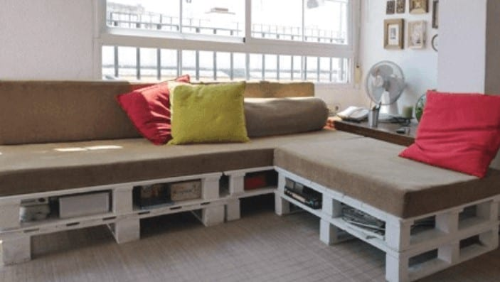 Easy To Make Pallet Sofa By Home Jelly