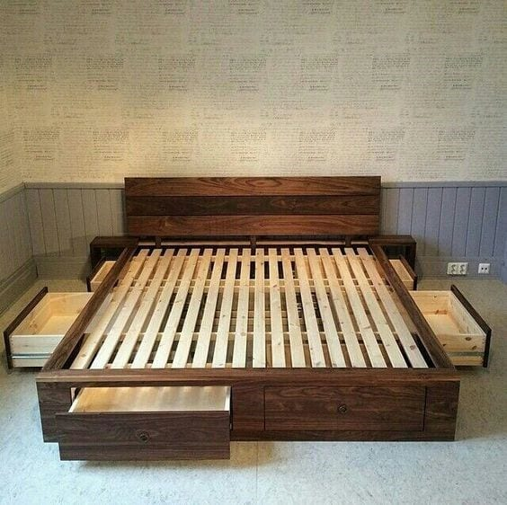 How Much Space Can A Pallet Bed Frame Hold