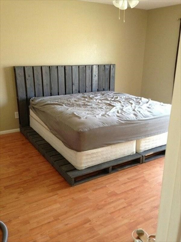King Sized Bed And King Sized Pallet Frame