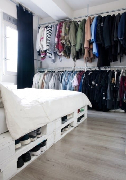 Pallet Bed With Storage Space For Shoes