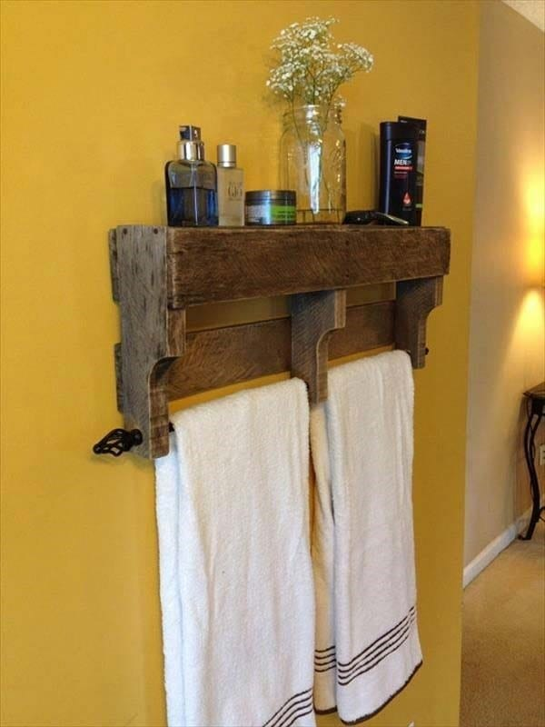 Pallet Towel Rack And Shelf Project