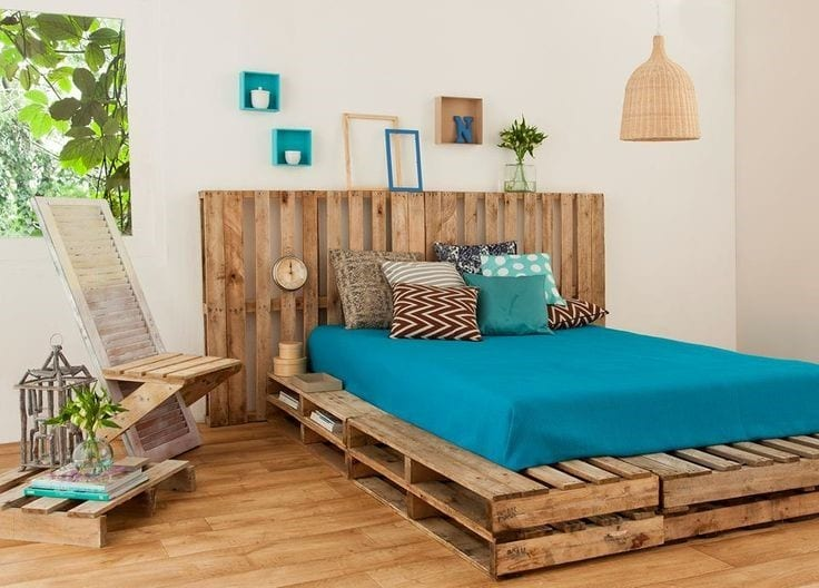 Warm Colors Bedroom With Pallet Bed Frame
