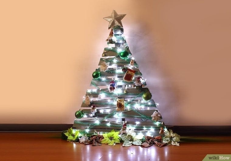 Wooden Pallet Christmas Tree 2