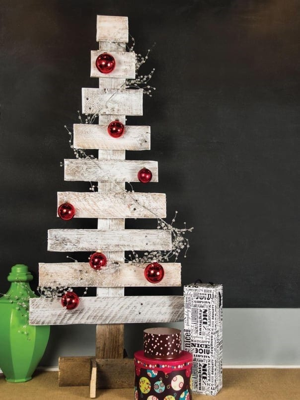 Wooden Pallet Christmas Tree 3